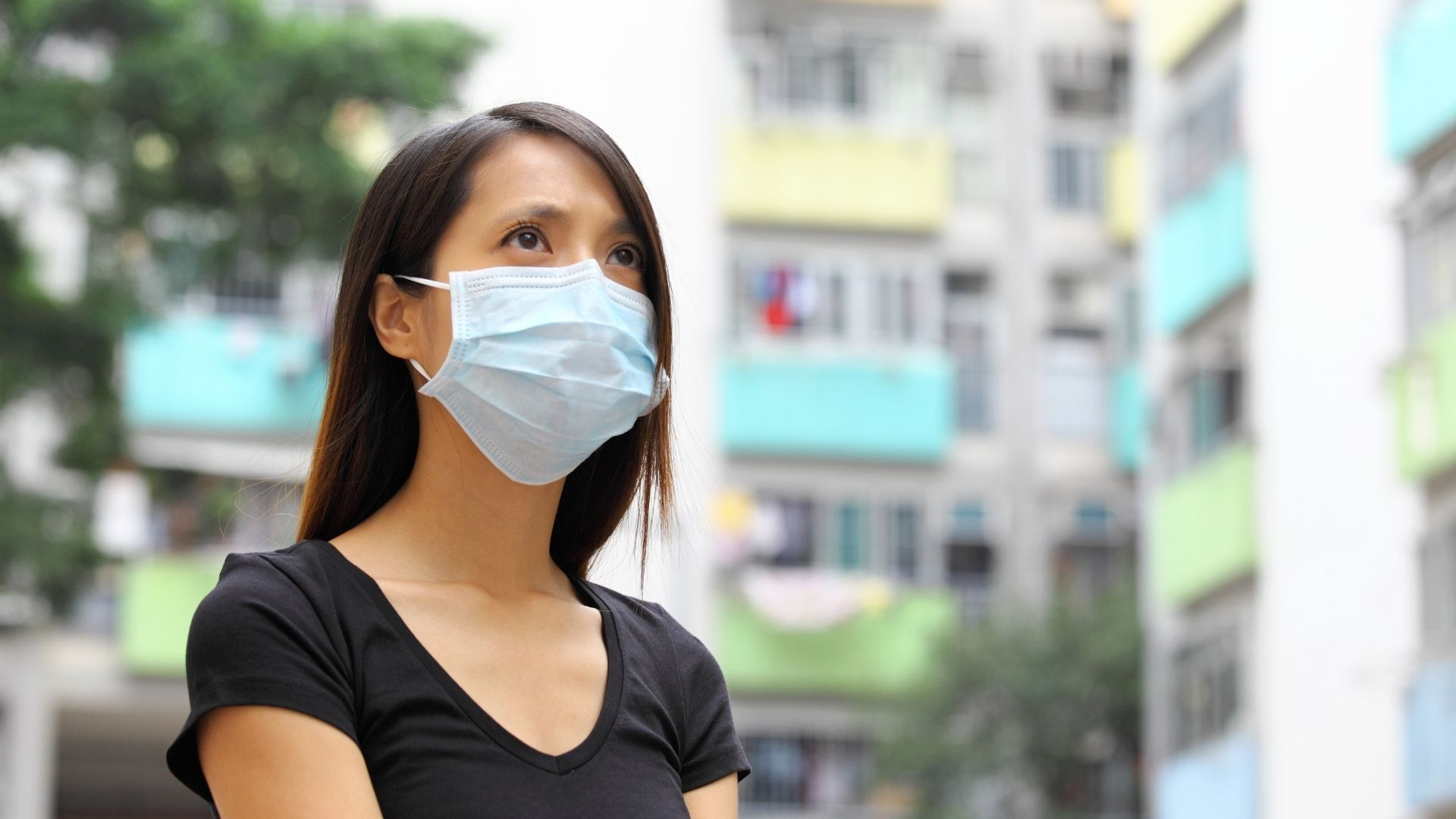6 Strategies for Starting a Business during a Pandemic - woman with mask on